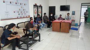 Aliansi Pengawal Demokrasi Geruduk Bawaslu Kabupaten Pacitan